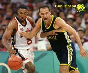 Maior pontuador do basquete brasileiro
