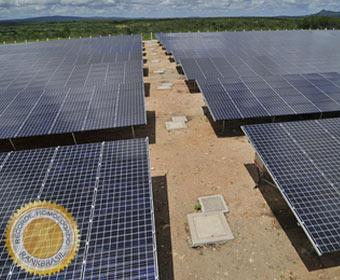 Primeira usina comercial de energia solar