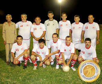 Primeiro time de futebol profissional formado por irmãos