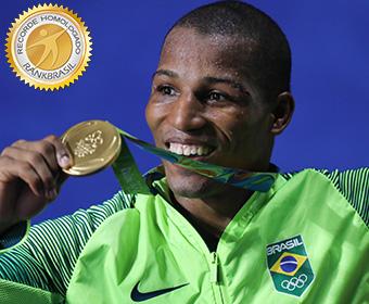 Primeiro ouro no boxe olímpico