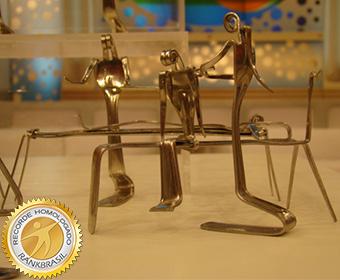 Maior quantidade de miniaturas feitas com garfos