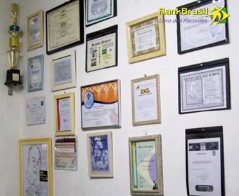 Maior número de certificados sociais