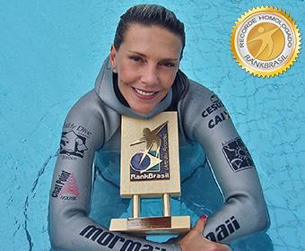 Atleta com mais títulos mundiais no mergulho em apnéia
