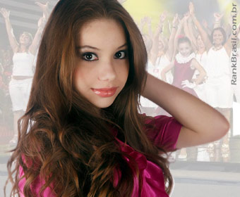 Paula Eduarda, recordista número 1 do RankBrasil, celebra os 15 anos de idade