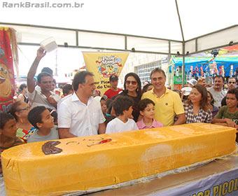 Bloco de Carnaval pretende produzir o maior picolé do país