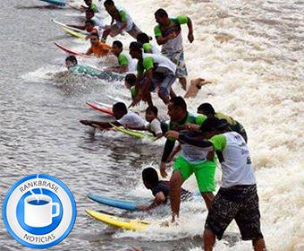 Surfistas desafiam a pororoca para bater recorde