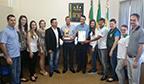 Tupandi recebe troféu pelo recorde da produção rural