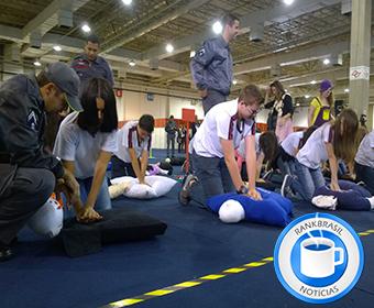 Treinamento em ressuscitação cardiopulmonar pode quebrar recorde