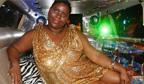 Musa de 104kg é uma das primeiras a fugir dos padrões do Carnaval