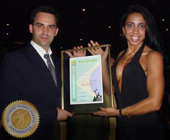 Maior participação em escolas de samba