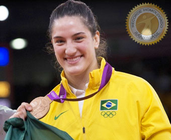 Mais jovem a conquistar medalha olímpica no individual