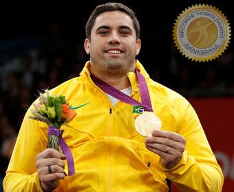 Primeiro ouro na esgrima paralímpica