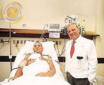 Primeiro brasileiro a receber coração artificial implantado no corpo