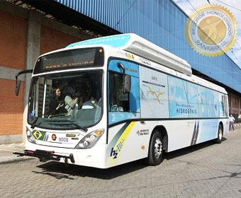 Primeiro ônibus movido a hidrogênio