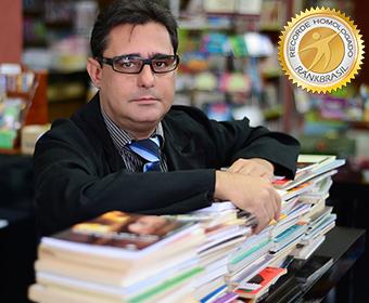 Autor que mais publicou livros de ficção em um ano