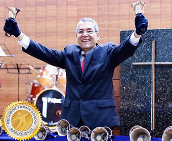 Primeiro músico brasileiro solista de sinos
