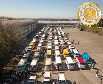 Maior fila de kombis do Brasil