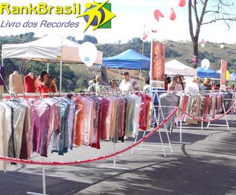 Maior doação de roupas