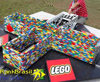 Maior torre de LEGO