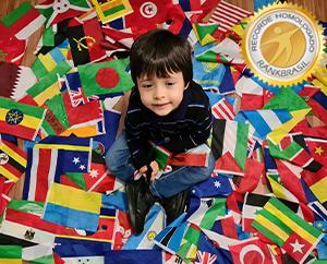 Mais jovem a memorizar bandeiras e capitais do mundo