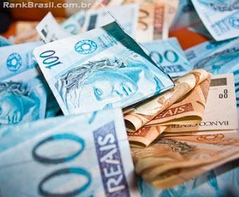 Gastos de turistas estrangeiros no Brasil alcançam recorde histórico