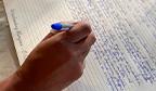 Empresário deve quebrar recorde ao manuscrever a Bíblia