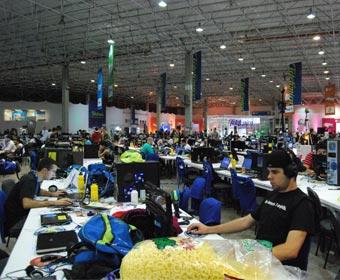 Campus Party 2012 começa na segunda com conexão de 20Gbps