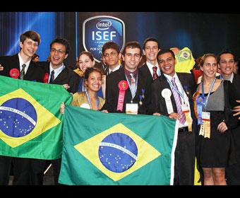 Brasileiros são premiados na maior feira de ciências do mundo